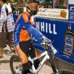 Downhill geht auch in Lycra